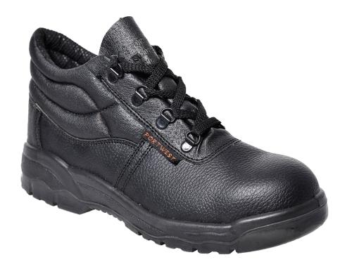 O calçado de biqueira de aço é a solução de proteção mais tradicional.